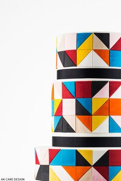 A color block cake design that is graphic and bold. With an inside look at the designer's creation process. A post by contributing writer, Allison Kelleher of AK Cake Design.
