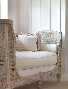 gustavian Furniture | Minnie Peters