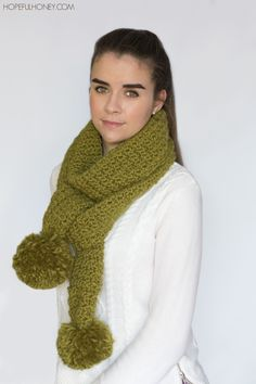 Chunky Pompom Cottontail Scarf - Crochet Pattern