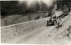 Motorists in Peerless automobile traveling on mountain road at Delaware Water Gap, 1908 Glidden Tour