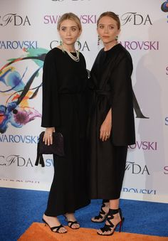 Oh Mary Kate! Those Loubs!!! #dying #cfda #cfdaawards