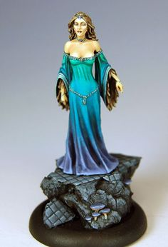 Female Sorceress | CMON Contest 12 - Female Sorceress from Dark Sword Miniatures (Limited ...