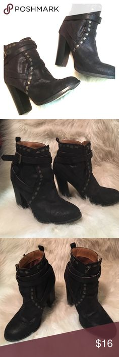 Qupid Black Ankle Booties! Lightly worn! Very adorable and comfortable! Well taken care of so there's a ton of life left in them! Fits 7.5/8! Qupid Shoes Ankle Boots & Booties