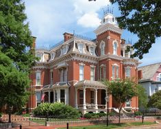 Nisbet House in Evansville, IN I had to pin it when I realized I saw this one in person!