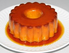 Abade de Priscos Pudding, a Portuguese Recipe you can make for dessert. Delicious, try it invite your friends and family for a wonderful meal. Flan Au Caramel, Caramel Pudding, Pudding Recipes, How To Make Pudding, Panama Recipe, Classic Desserts, Sweet Pastries, Portuguese Recipes, Fruit Smoothies