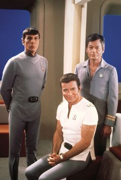 """Leonard Nimoy, William Shatner, and DeForest Kelley on the set of ""Star Trek: The Motion Picture. Star Trek Original Series, Star Trek Series, Star Trek Tv, Star Wars, Star Trek Enterprise, Star Trek Voyager, Science Fiction, Stargate, Star Trek Uniforms"