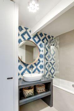 Optez pour le carrelage imprimé dans la salle de bains