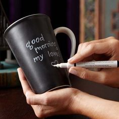 chalkboard mug- love this idea for brunches (just add guest name no mixed up cups) Wonder if I could paint my HUGE stash of mishmashed mugs w/ chalkboard paint???