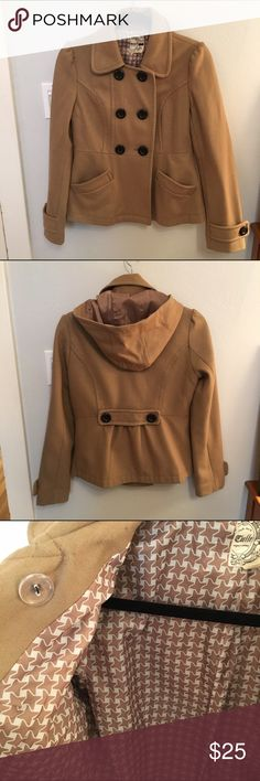 Tulle Tan Wool Blend Coat A stylish coat in a classic shape. The hood is detachable. The coat is in relatively good used condition with some minor loose threads. Has a lot of life left and still looks very polished. Tulle Jackets & Coats