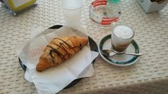 Croissant e caffé #buongiornomondo