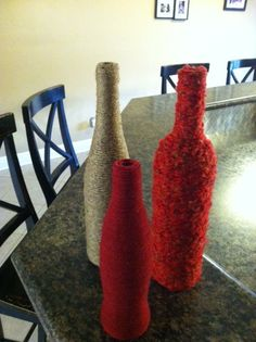 DIY wine bottle decorations, wrapped with mustard yellow and grey yarn Wine Bottle Art, Wine Bottle Crafts, Bottles And Jars, Glass Bottles, Wine Glass, Wine Theme Kitchen, Bottle Decorations, Decor Crafts, Fun Crafts