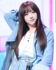 Lovelyz Kei, Cute Asian Girls, Real People, Kpop Girls, Pretty Woman, Ulzzang, My Idol, Masters, Hair Beauty