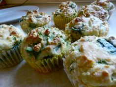 Feta, Cheddar, & Spinach Muffins. a savory muffin? let's do this.