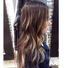 """""""Hand painted Highlights and Lowlights, adding depth to her Colour. By Bianca @hairthrone #foxandjaneles"""""""