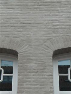 Grijze gevel witte donkergrijze kozijnen buiten pinterest - Grijze wand taupe ...