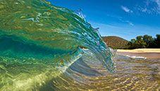 Shortbreak Curl, Makena Beach, Maui (Hawaii, U.S.)