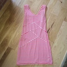 Xhilaration Dress Dark pink and white striped dress with flattering pattern on center of dress // size medium // worn once still in perfect condition Xhilaration Dresses Mini
