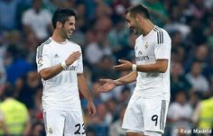 Los dos goleadores - Real Madrid 2 - Real Betis 0 (La Liga) isco y benzema C Real, Carlo Ancelotti, Isco, Sports, The League, Real Madrid Players, Hs Sports, Excercise, Sport