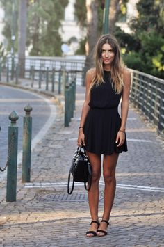 street style, little black dress, sandals