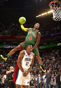 Nate Robinson and Dwight Howard  2009