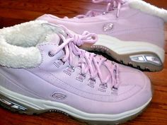 WOMENS 9.5 SKECHERS pink FUR-LINED BOOTS shoes HIKERS lace-up #Skechers #Hikers #WalkingHiking