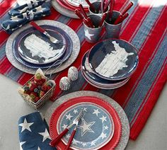 Festive Red, White and Blue Tablescape Ideas for a Sizzling 4th of July!