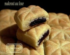 makrout au four15 Middle Eastern Recipes, Hot Dog Buns, Biscotti, Food And Drink, Menu, Sweets, Cookies, Ramadan, Sissi