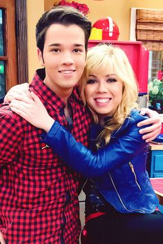 Sam Puckett and Freddie Benson (iCarly).
