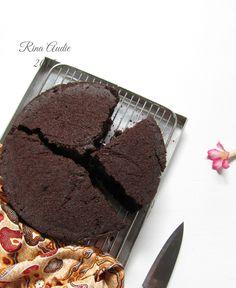 D a p u r     M a n i s: Eggless Chocolate Cake...Retaaaakkkk....