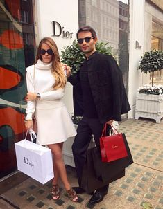 Love her whole outfit Chelsea 2017, Chelsea Girls, Chelsea London, Made In Chelsea, Victoria Fashion, Victoria Style, Chelsea Victoria, Fashion Couple, Ladies Of London