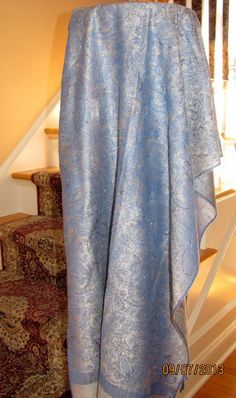 Hand crated shawls with silver accenting so you look beautiful for your evening formal occasions. Classy elegance! http://www.yourselegantly.com/pashmina-shawls/handcrafted-shawls.html