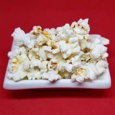 Fresh Popcorn in Montreal Coconut Flakes, Popcorn, Montreal, Catering, Spices, Fresh, Food, Spice, Catering Business