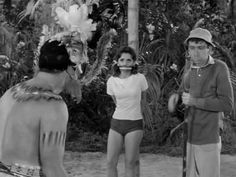A tribute to Mary Ann(Dawn Wells) of Gilligan's Island. Along with Ginger(Tina Louise), Mary Ann was one of the sexiest babes on television in the Musi. Classic Actresses, Hollywood Actresses, Actors & Actresses, Giligans Island, Island Girl, Tina Louise, Mary Ann And Ginger, Bewitched Elizabeth Montgomery, Damsel In Distress