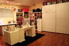 closet / office (dulcecandy.com) 2