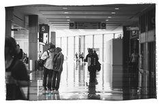 Brittis + John | an airport engagement session » sherryhammondsblog.com