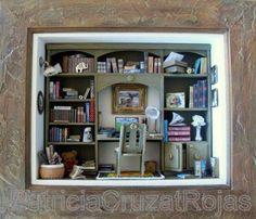 Cuadro Biblioteca con Miniaturas. A pedido. http://cruzatartesaniacolor.blogspot.com/