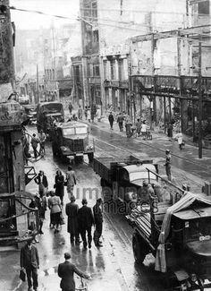 Zerstörtes München im Zweiten Weltkrieg, 1944 Timeline Classics/Timeline Images #Luftangriff #Bombadierung #Destruction #Bombing #Munich #Schutt