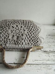 bag . handles . crochet . lace . vintage look . handbag . sewing