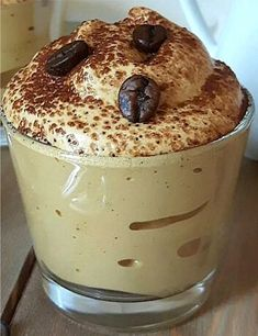 The magic 5 minutes espresso cream is a cream primarily based on instantaneous espresso … – Dessert de mousse – mostly Espresso Recipes, Coffee Drink Recipes, Espresso And Cream, Coffee Cream, Crema Recipe, Best Iced Coffee, Cafe Creme, Coffee Dessert, Fondant