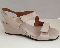 Clarks Artisan Shoes Womens Size 8 M Sandals Off White Wedge Heels