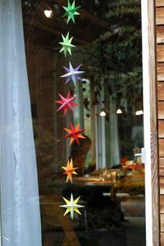 Sternenkette Christmas Star, Christmas Paper, Winter Christmas, Christmas Gifts, Xmas, Yule, Origami, Garden Decorations, Decoration Noel
