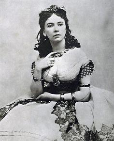 cora pearl 19th c. courtesan