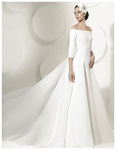 2014 Dreamlike Off-the-shoulder With Half Sleeves Court Train Wedding Dress