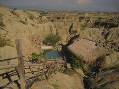 Desierto de la Tatacoa, Huila Colombia. Desierto Gris, piscina los hoyos