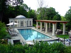 🌟Tante S!fr@ loves this📌🌟Lovely pool house and pergola around the pool by New Canaan CT Architect Kenneth McGahren Pool House Plans, Backyard House, Backyard Pool Landscaping, Backyard Pool Designs, Pool Landscape Design, Terrace Design, Building A Pool, Building A House, Cheap Pool