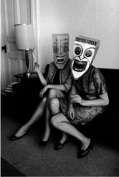 Bizarre paper bag masks Inge Morath/ Saul Steinberg: The Mask Series Old Photos, Vintage Photos, Vintage Halloween Photos, Inge Morath, Saul Steinberg, Feather Painting, Weird And Wonderful, White Photography, Costumes