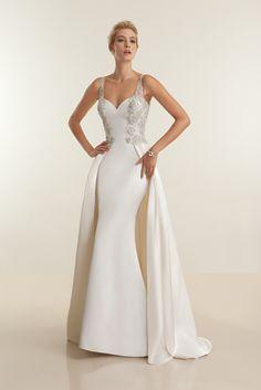 Robe de mariage Demetrios Platinum 2016