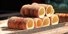 Upečte jim ho doma za zlomek ceny - from Prague Czech Recipes, Crumpets, Cannoli, Nutrition Plans, Croissants, Cheesecakes, Food Art, Sweet Potato, Picnic