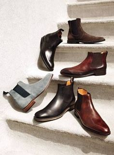 GENTLEMAN'S ESSENTIALS — Chelsea Boots   Gentleman's Essentials