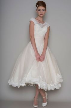Tea-Length A-Line Scoop Neck Appliqued Cap Sleeve Tulle Wedding Dress